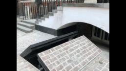 Bespoke modern wheelchair lift
